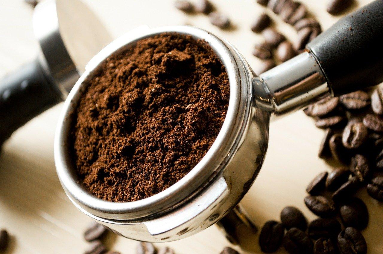 Ekspresy – obowiązkowe wyposażenie kawiarni